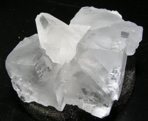 Fluorita y calcita 6*5cm, Mina Emilio. Cristal mayor fluorita 4.5cm- calcita 3.5cm. (Autor: yowanni)