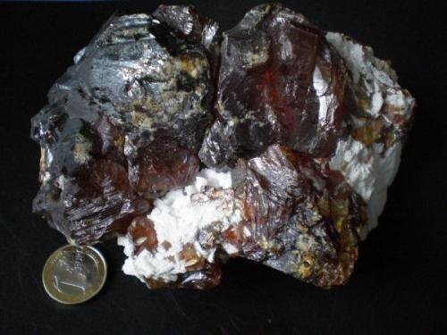Blenda Acaramelada Mina Las Mánforas Áliva  Picos de Europa Cantabria Geodona de la 4ª planta 14cm X 9cm.JPG (Autor: PabloR)