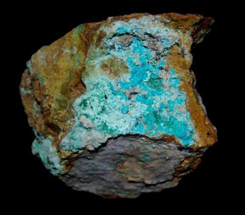 AURICALCITA (Mina de Can Montsant, Hortsavinyà, Serra del Montnegre, Tordera, Barcelona) Tamaño: 7 x 5 cm (Autor: Marc C)