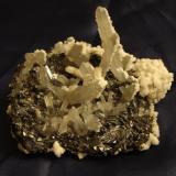 Cuarzo con Tetrahedrita y calcita (Piedras Verdes Chih. Mex) (Autor: javmex2)