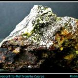 MOTTRAMITA-VANADINITA-PIROMORFITA-CUARZO - Rodalquilar - Almería - 4.5cm x 7.5cm (Autor: Mijeño)