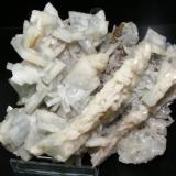 Barita azul, Mina Moscona Dic-2009. Medidas: 14*12cm con cristales de hasta 4 cm. (Autor: yowanni)