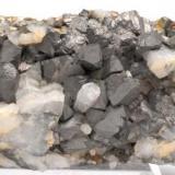 Arsenopirita -  Mina La Parrilla - Almoharín - Cáceres - Extremadura - España -  9,6 x 5,9 x 3,9 cm (Autor: Martí Rafel)