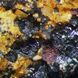Detalle cristales de Metacinabrio. Col. y foto Nacho Gaspar. (Autor: Nacho)