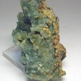3651-Apatito y siderita, mina Barroca Grande, minas de Panasqueira, Fundao, Portugal, 7,8x4,4x4,2 cm. (Autor: Edelmin)