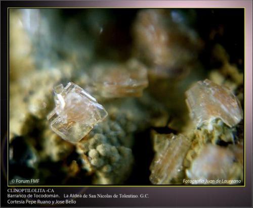 Clinoptilolita Ca 1.jpg (Autor: Juan de Laureano)