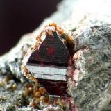 CINABRIO. almaden, cristal de 2 mm.jpg (Autor: josminer)