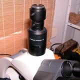 otro tipo de adaptador de rosca C y un adaptador para conectar una coolpix a un microscopio (Autor: Cesar M. Salvan)