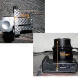 La camara con el lente extendido es de un tamaño superior al permitido por el adaptador. (Autor: Vinoterapia)