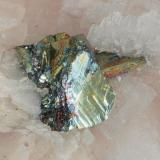 Calcopirita irisada. Tamaño del cristal, 1,5mm aprox.  El original permitiría una ampliación papel a 40x50. (Autor: soldevilla)