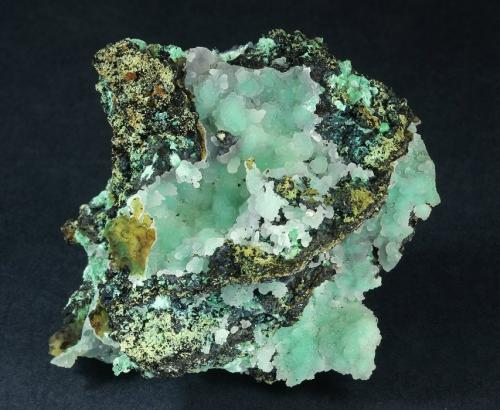 Hemimorphite with Aurichalcite(?)<br />Silver Hill Mine group, Waterman District, Waterman Mountains, Pima County, Arizona, USA<br />66 x 63 x 43 mm<br /> (Author: GneissWare)