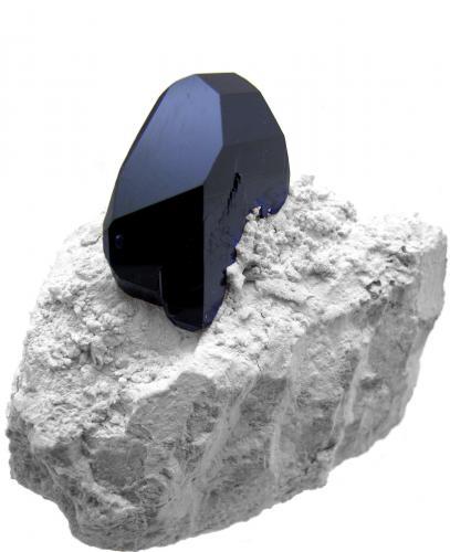 Azurita<br />Mina Milpillas, Cuitaca, Municipio Santa Cruz, Sonora, México<br />70mm x 63mm x 39mm. Cristal de azurita: al menos 34mm de altura x 27mm de anchura x 10mm de grosor<br /> (Autor: Carles Millan)