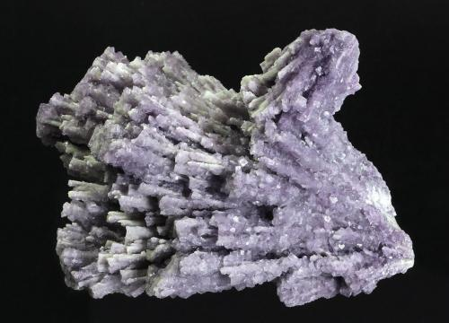 Fluorite with Barite after Laumonite<br />Moffat Tunnel, Cripple Creek District, Teller County, Colorado, USA<br />146 x 130 x 70 mm<br /> (Author: GneissWare)