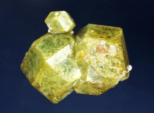 Andradite-Grossular Series<br />Kayes Region, Mali<br />71 x 62 x 47 mm<br /> (Author: GneissWare)