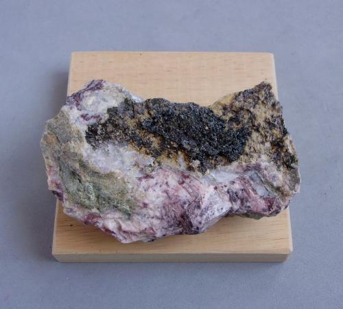 Argentopirita<br />Alberoda, Distrito Schlema-Hartenstein, Erzgebirgskreis, Sajonia/Sachsen, Alemania<br />8,5 x 6 x 3 cm.<br /> (Autor: J. G. Alcolea)