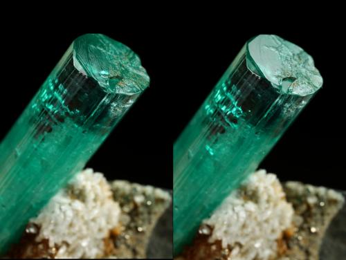Beryl (variety emerald), Albite (variety cleavelandite), Pyrite<br />Chivor mining district, Palo Arañado Mine, Municipio Chivor, Eastern Emerald Belt, Boyacá Department, Colombia<br />crystal=45mm<br /> (Author: Fiebre Verde)
