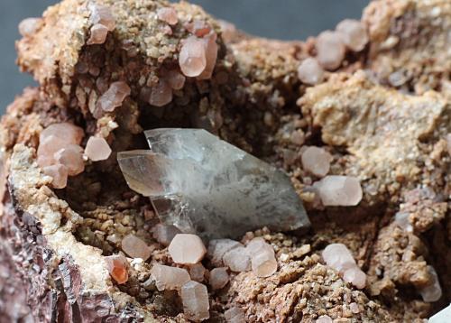 Baryte on Calcite<br />Frizington Parks (Iron Ore), Frizington, West Cumberland Iron Field, former Cumberland, Cumbria, England / United Kingdom<br />2cm<br /> (Author: colin robinson)