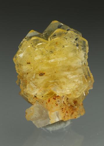 Barite, Calcite<br />La Marina Mine, Municipio Pauna, Western Emerald Belt, Boyacá Department, Colombia<br />14x21x12mm<br /> (Author: Fiebre Verde)