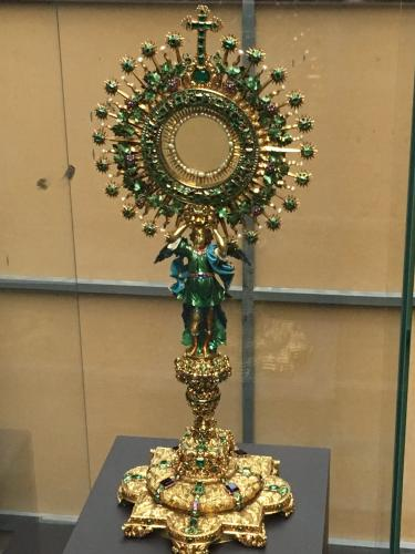 """La Lechuga"" monstrance.  Early 18th century, Colombia (Author: Fiebre Verde)"
