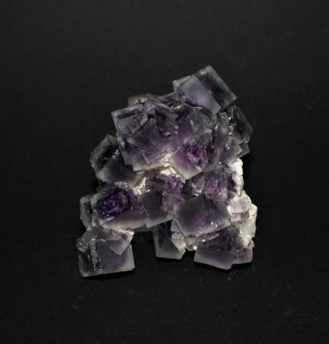 Fluorite<br />Shangbao Mine, Leiyang, Hengyang Prefecture, Hunan Province, China<br />55mm x 55mm x 40mm<br /> (Author: Philippe Durand)