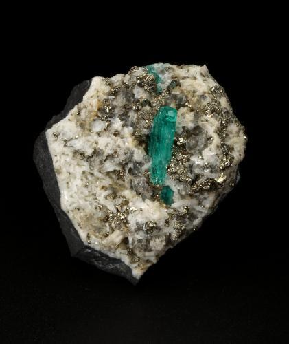 Beryl (variety emerald), Albite (variety cleavelandite), Dolomite, Pyrite<br />Chivor mining district, Municipio Chivor, Eastern Emerald Belt, Boyacá Department, Colombia<br />40x43x34mm, xl=15mm<br /> (Author: Fiebre Verde)