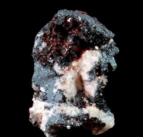 Hematites<br />Embalse de Mansilla, Mansilla de la Sierra, Comarca Anguiano, La Rioja, España<br />4,8 x 3,2 x 2,3 cms<br /> (Autor: Joan Martinez Bruguera)