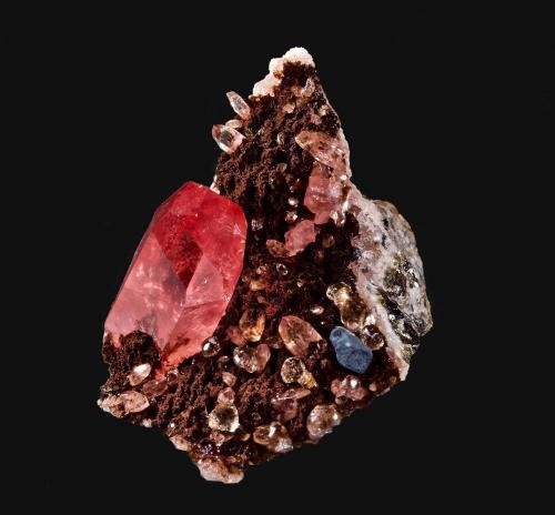 Rodocrosita, Fluorita<br />Mina Uchucchacua, Provincia Oyón, Departamento Lima, Perú<br />2,8 x 1,9 cm.<br /> (Autor: Xavier Bordas)