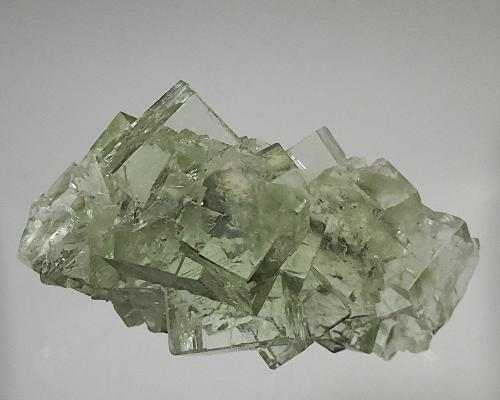 Fluorite<br />Chashan Mine, Xianghualing Sn-polymetallic ore field, Linwu, Chenzhou Prefecture, Hunan Province, China<br />12 x 7 cm<br /> (Author: Richard Arseneau)