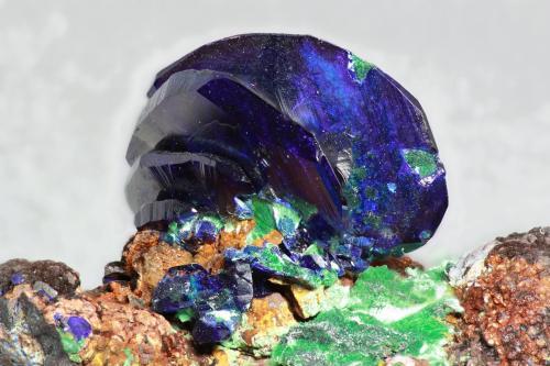 Azurita<br />Mina Liufengshan, Distrito Guichi, Prefectura Chizhou, Provincia Anhui, China<br />cristal 20mm<br /> (Autor: Ramon A  Lopez Garcia)