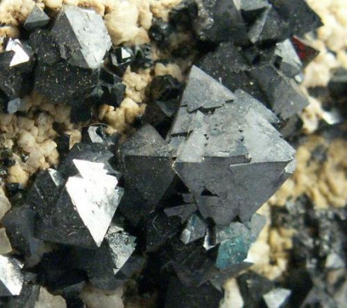 Magnetite-0112-2.jpg (Author: KDF-TX)