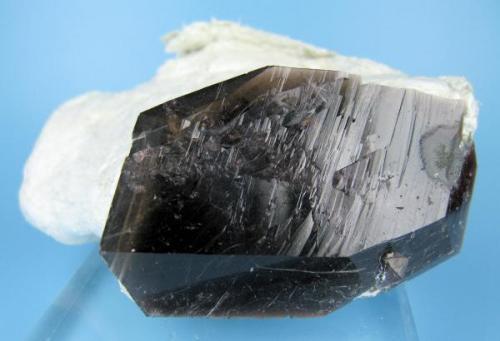 Axinite Puiva Mount, Saranpaul, Prepolar Ural, Tyumenskaya Oblast', Urals Region, Russia 75 mm x 55 mm (Author: Carles Millan)
