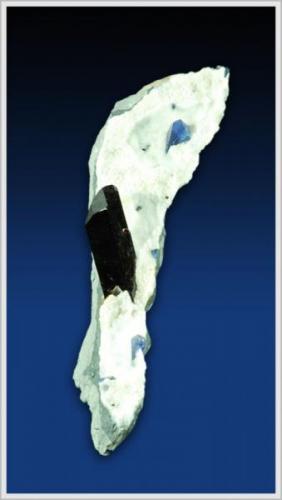 Neptunite with Benitoite  - Dallas Gem Mine - San Benito County - California - large minature (7.0 x 2.0 x 1.5 cm) (Author: jaysminerals)