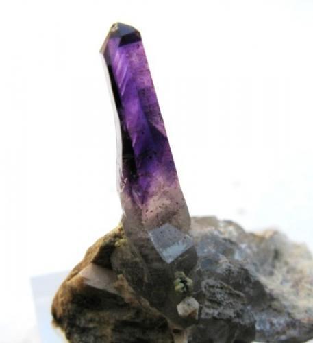 Amatista. Tafelkop. Montes Gogobobes. Namibia. Cristal de 27 mm. (Autor: Jose Luis Otero)