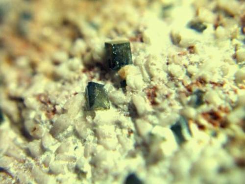 anatasa león cristal de 1mm.jpg (Autor: Nieves)