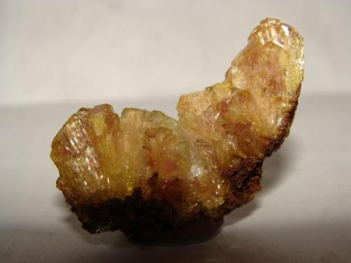 Mangano adamita, Mapimi, Durango, Mexico, tamaño de la pieza. 5.5 cm (Autor: javmex2)