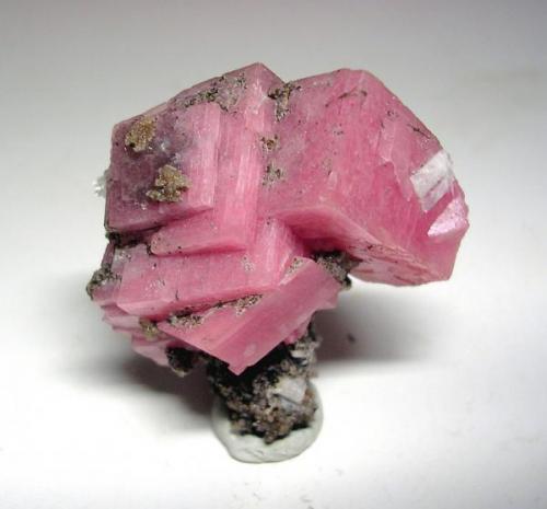 3592-Rodocrosita, Mt. St. Hilaire, Quebec, Canadá, 3x2,8x1,5 cm. (Autor: Edelmin)
