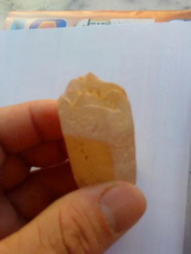 Cuarzo biterminado por una punta, varias puntas o terminaciones. (Autor: apita)