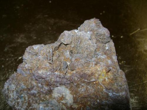 Siderita y calcopirita 6 X 6 X 4 cm.  El Borracho, Garlitos, Badajoz. (Autor: apita)