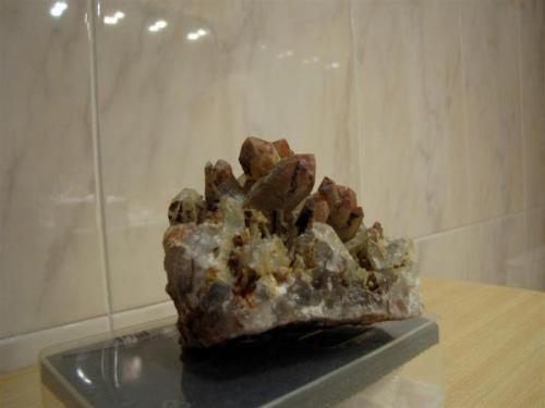 7 cm x 7 cm aprox. Cristal más grande 5 cm (Autor: Rodrigo Fresco)