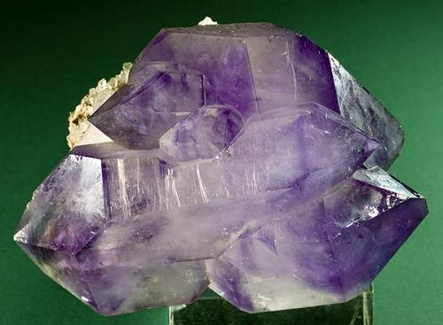 Amethyst Charlies Creek, Town Co., Georgia Specimen size 6 x 4.1 x 3 cm. (Author: am mizunaka)