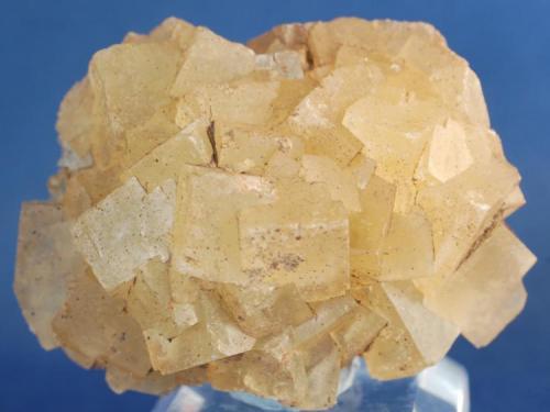 Fluorita - Mines de Sant Marçal, Viladrau, Montseny, Osona, Girona, Catalunya, España Medidas: 4 x 4 x 2 cms (Autor: Joan Martinez Bruguera)