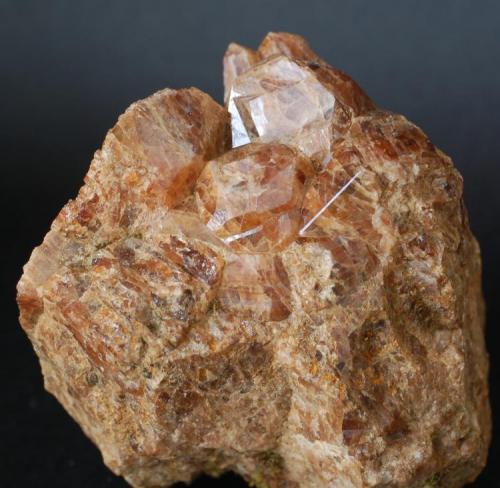 Granates - Fermoselle, Zamora, España Medidas: 5 x 5 x 5 cms (Autor: Joan Martinez Bruguera)