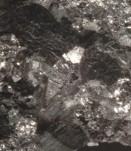 Löllingita, Ferro-actinolita y Actinolita - Mina Monchi - Burguillos del Cerro - Badajoz - Extremadura - España - 7,0 x 4,7 x 4,6 ( Detalle ) (Autor: Martí Rafel)