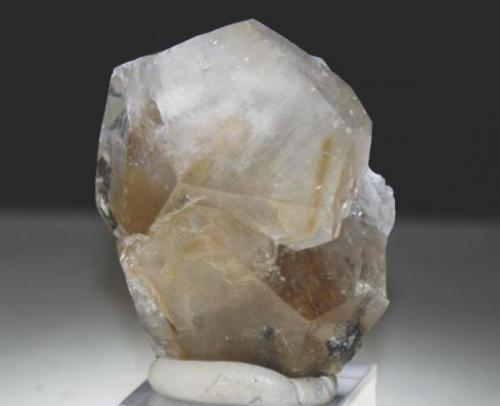 Calcita - Estremoz - Portugal, Cristal de 5 x 4 cm. (Autor: Juan C. Agua)