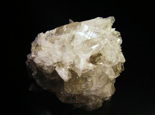 Glauberita Minas del Consuelo, Chinchón, Comunidad de Madrid, España 6,5x3,5x5 cm. Cristales hasta 3 cm. Col. y foto Nacho Gaspar. (Autor: Nacho)