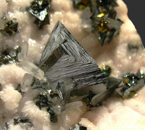 Tetrahedrite Boldut mine, Cavnic, Rumanía Cristal 10 mm. arista. Col. Joan Rosell (Autor: Joan Rosell)