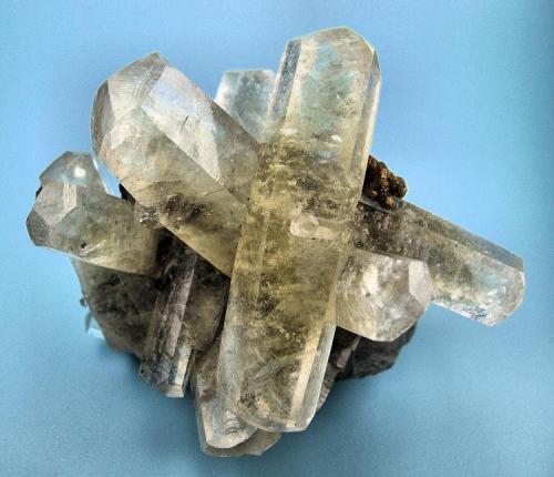 Calcita, pirita Sweetwater Mine, Ellington, Viburnum Trend District, Reynolds Co., Missouri, EUA 65 mm x 55 mm x 40 mm (Autor: Carles Millan)