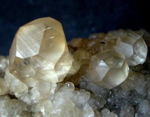 Calcite La Cuerre Mine, Rionansa (Herrerías), La Florida mining area, Sierra de Arnero, Cantabria, Spain Largest crystal 15 mm (Author: Tobi)