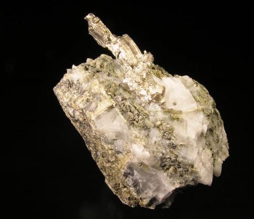 Discrasita con Calcita. Mina Bouismas, Bou-Azzer, Tazenakht, Quarzazate, Montañas Anti-Atlas, Marruecos. 5,5x3,5x6 cm. Grupo de cristales de 3,3 cm. Col. y foto Nacho Gaspar. (Autor: Nacho)