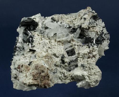 Hematite with Quartz Fadens Veta Grande claim, Dome Rock Mts., near Quartzsite, La Paz County, Arizona, USA 181 x 161 x 84 mm (Author: GneissWare)